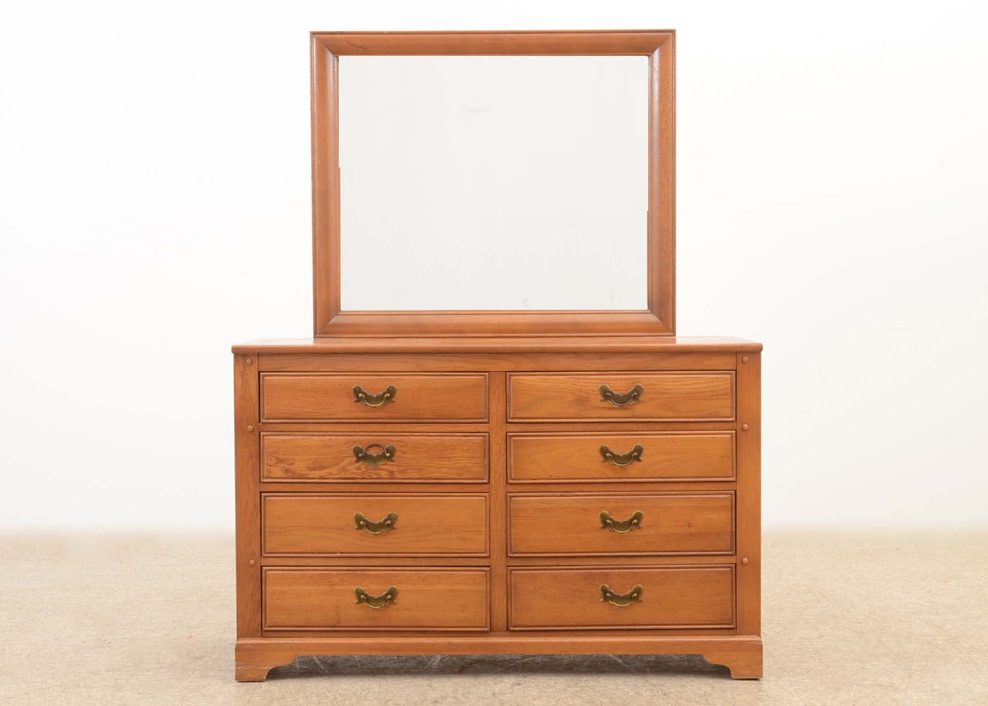 Link Taylor Dresser With Mirror ...
