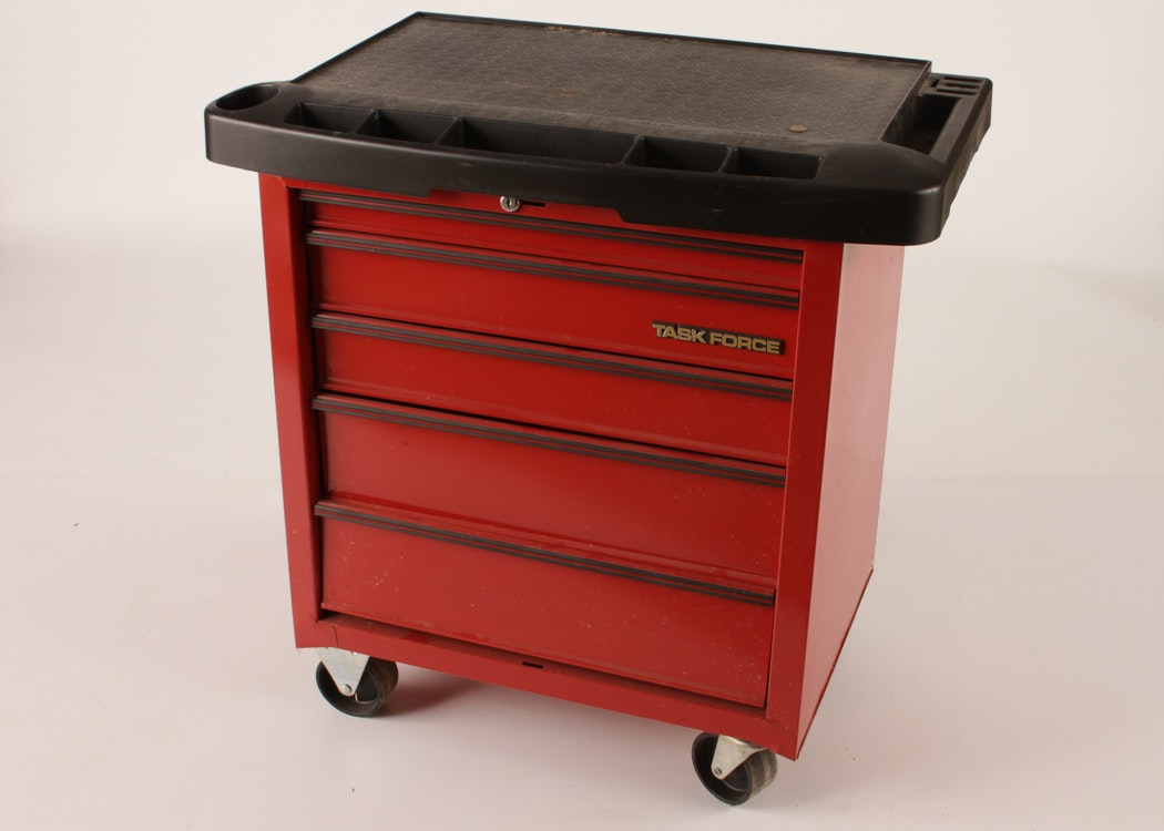 Task Force Tool Box On Casters Ebth