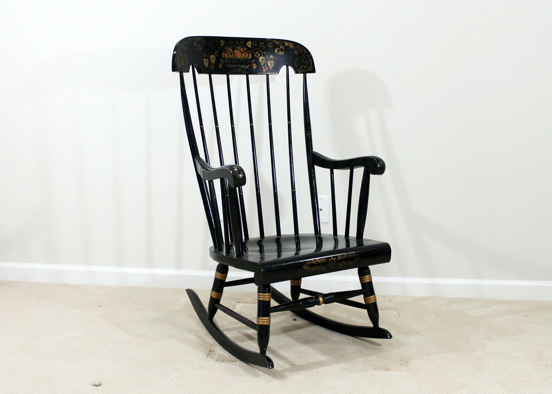 Lovely Vintage Nichols And Stone Windsor Style Rocking Chair ...
