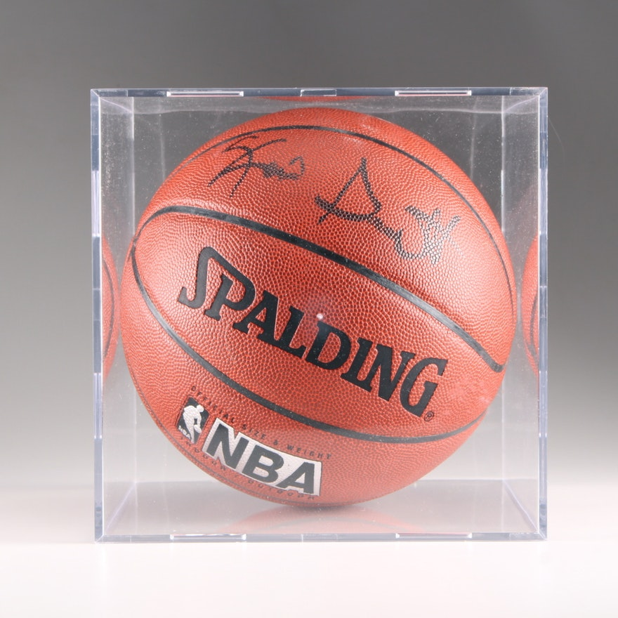 premium selection d4316 6fb4a Kevin Garnett Signed Basketball