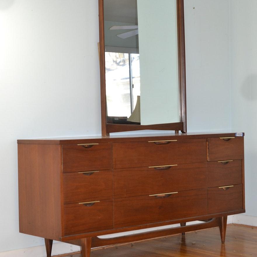 the tableau danish modern dresser with mirror by kent coffey ebth. Black Bedroom Furniture Sets. Home Design Ideas