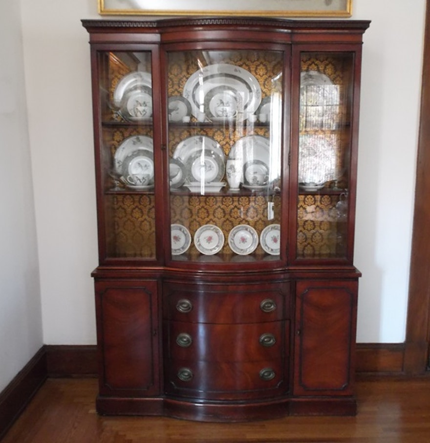 Chippendale China Cabinet Drexel Bow Front Mahogany China Cabinet Ebth