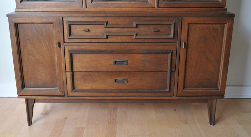 Mid Century Cabinet With Hutch By Bassett Ebth
