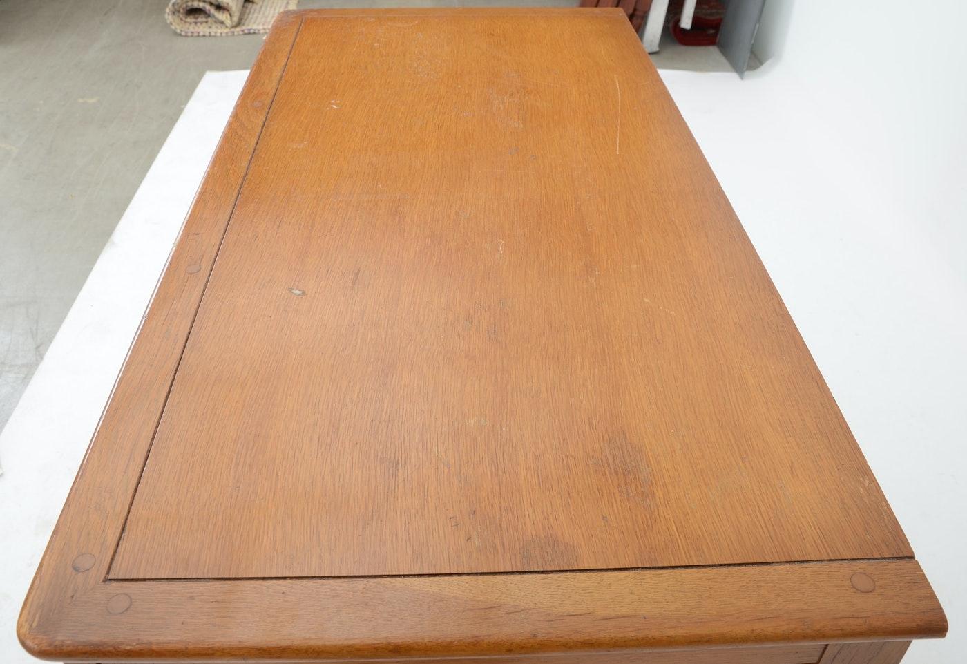 "Victorian Auto Sales >> Link-Taylor ""Harvest Oak"" Dresser | EBTH"