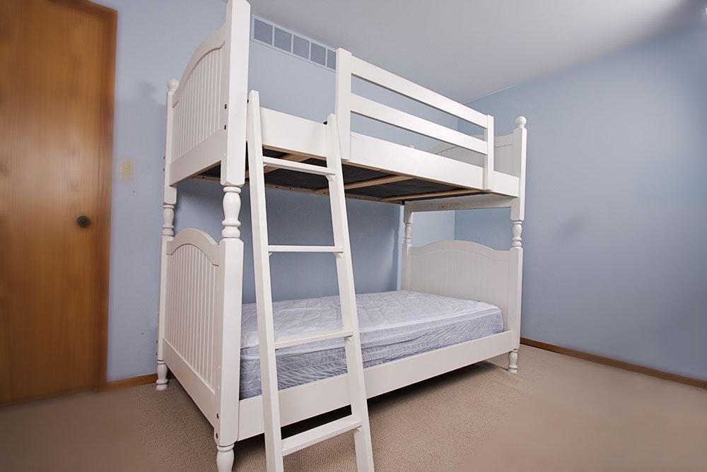 White Stanley Furniture Bunk Bed Ebth