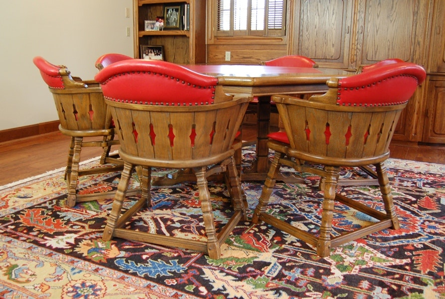 Vintage Romweber Viking Oak Poker Table with Six Chairs ... & Vintage Romweber Viking Oak Poker Table with Six Chairs : EBTH