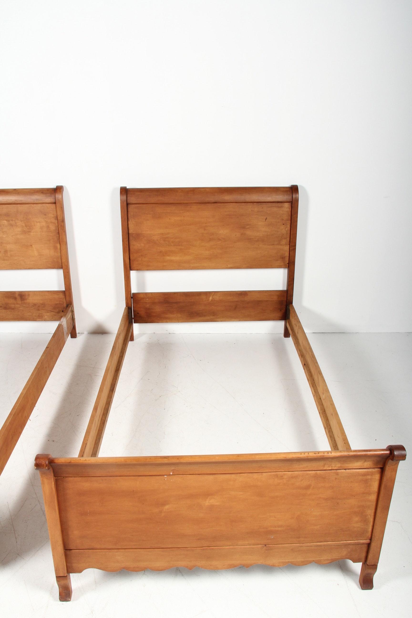 Pair Of Maple Sleigh Beds Ebth