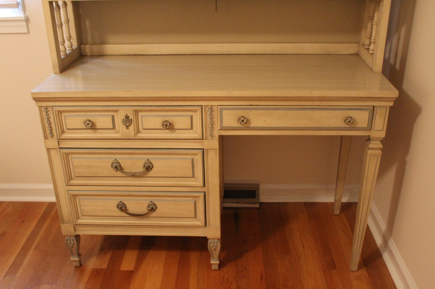 Vintage French Provincial Dixie Furniture Desk and Hutch ...