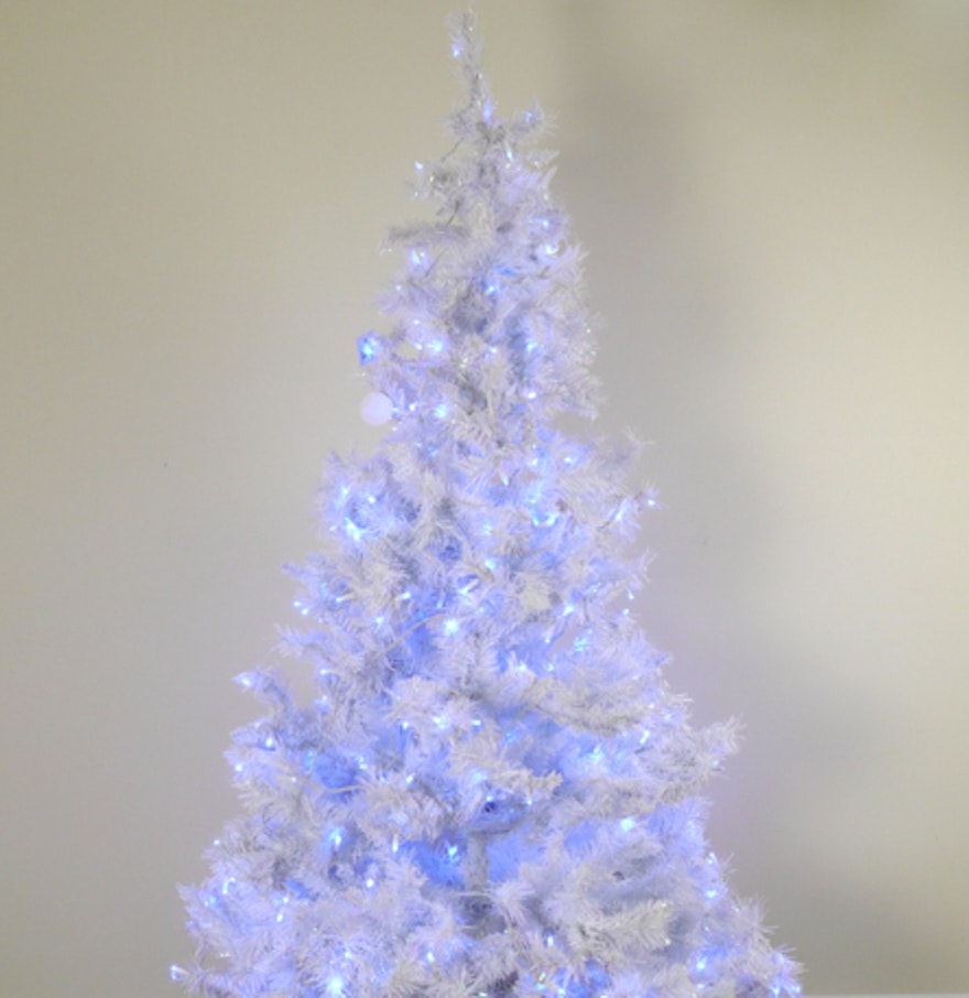 Pre-Lit White Christmas Tree with Blue Lights : EBTH