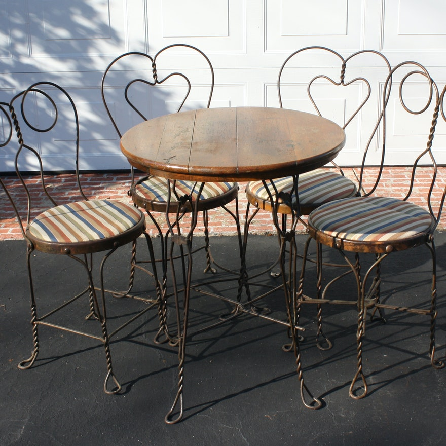 Antique Ice Cream Parlor Table and Four Chairs ... - Antique Ice Cream Parlor Table And Four Chairs : EBTH