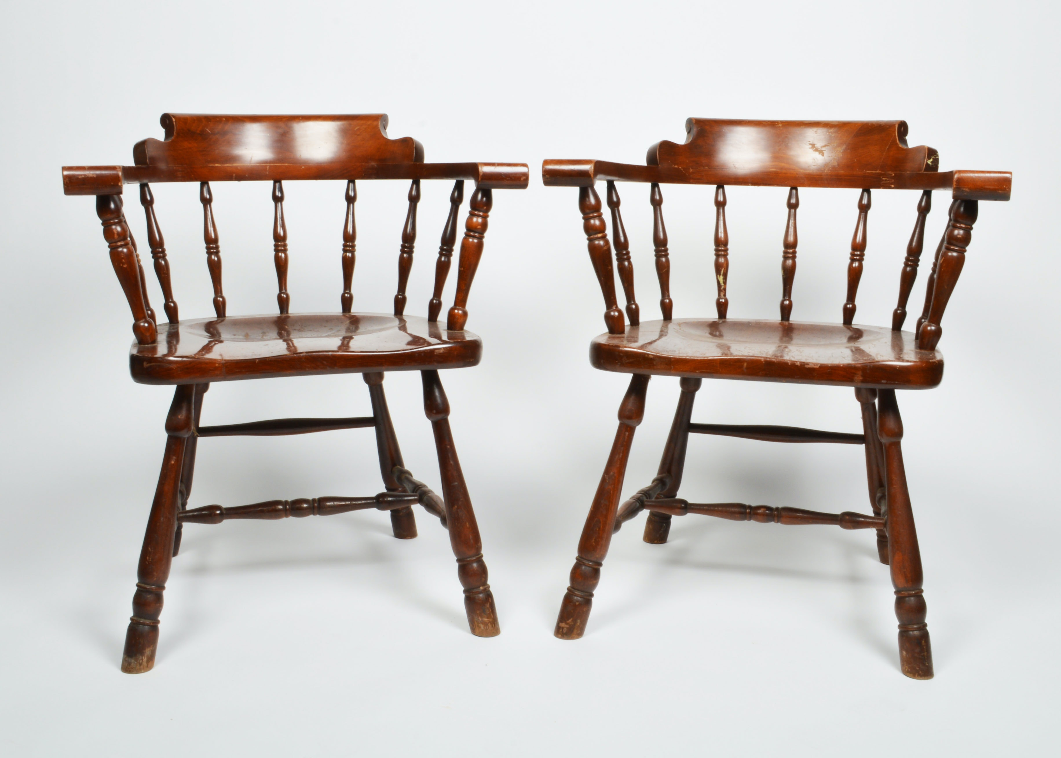 English Barrel Back Spindle Chairs ... & English Barrel Back Spindle Chairs : EBTH