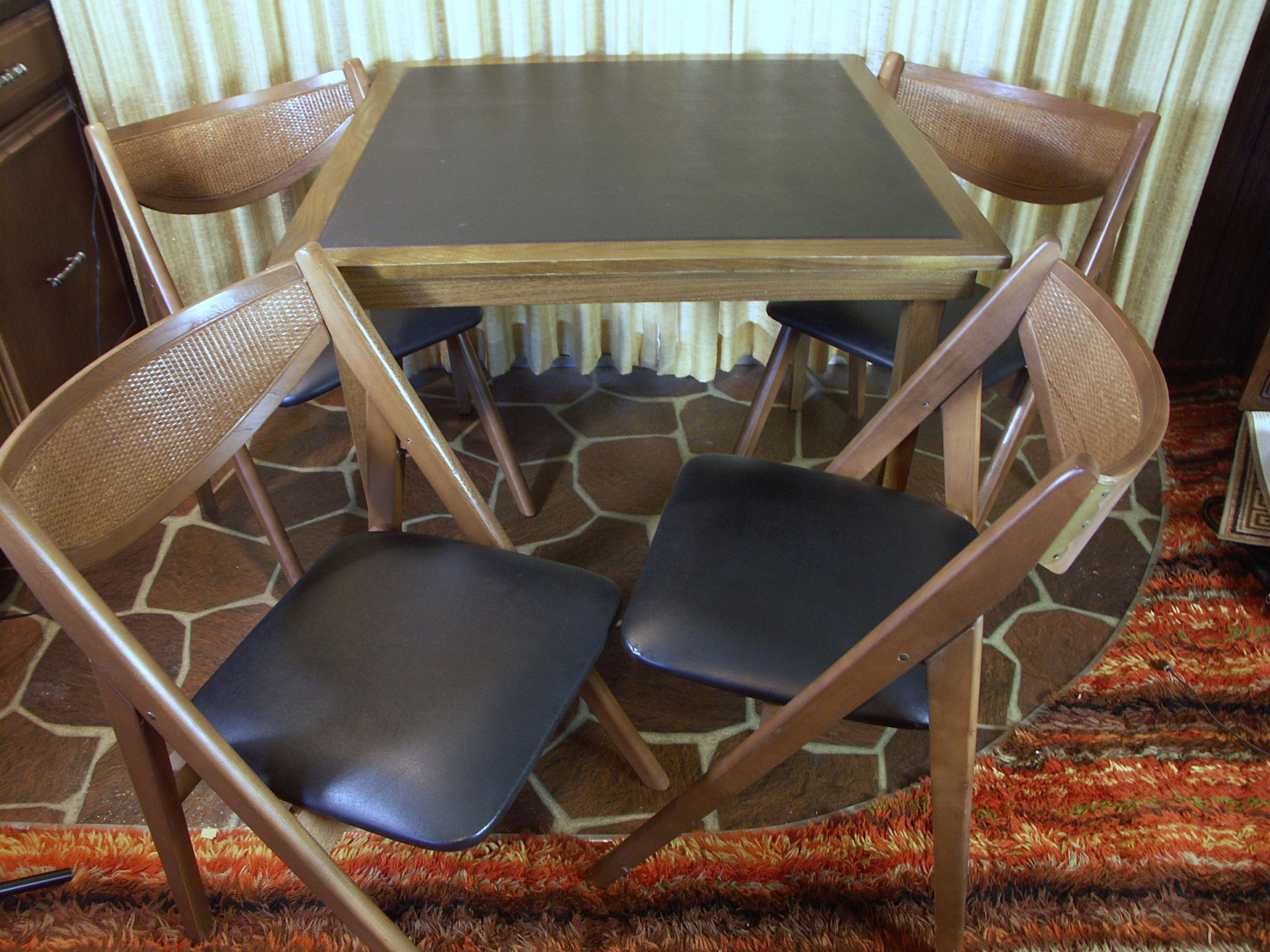 Four Stakmore Folding Chairs And Folding Table ...