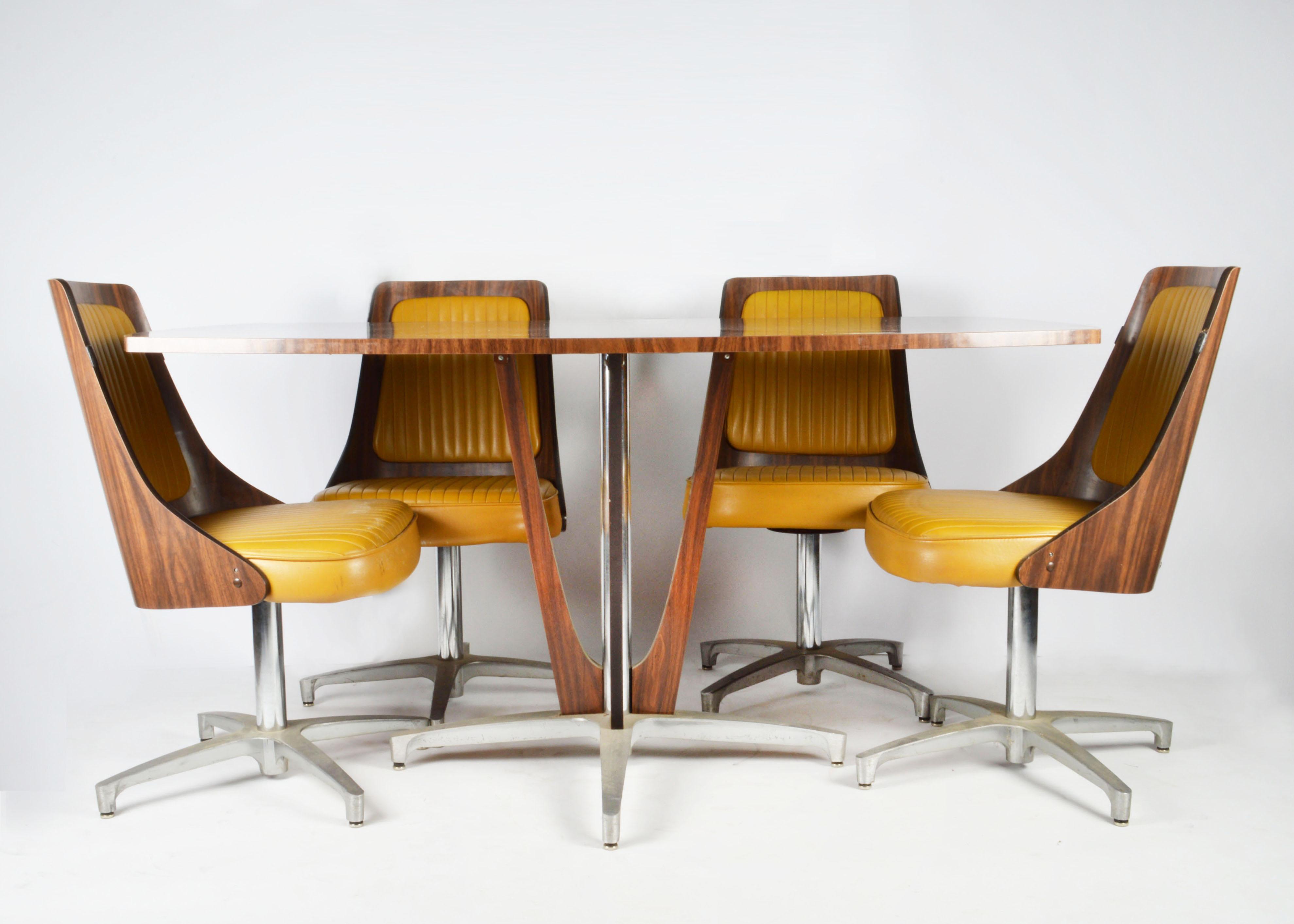 Vintage Modern Chromcraft Table and Chairs EBTH