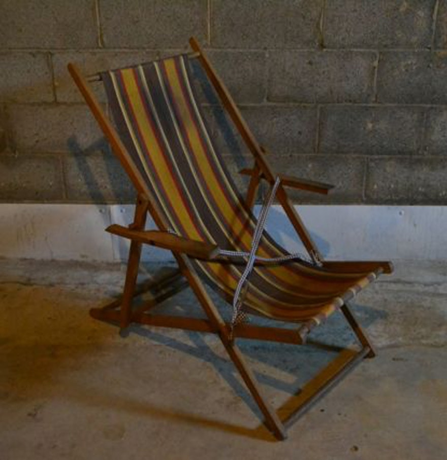 Vintage folding beach chairs - Vintage Folding Beach Chair