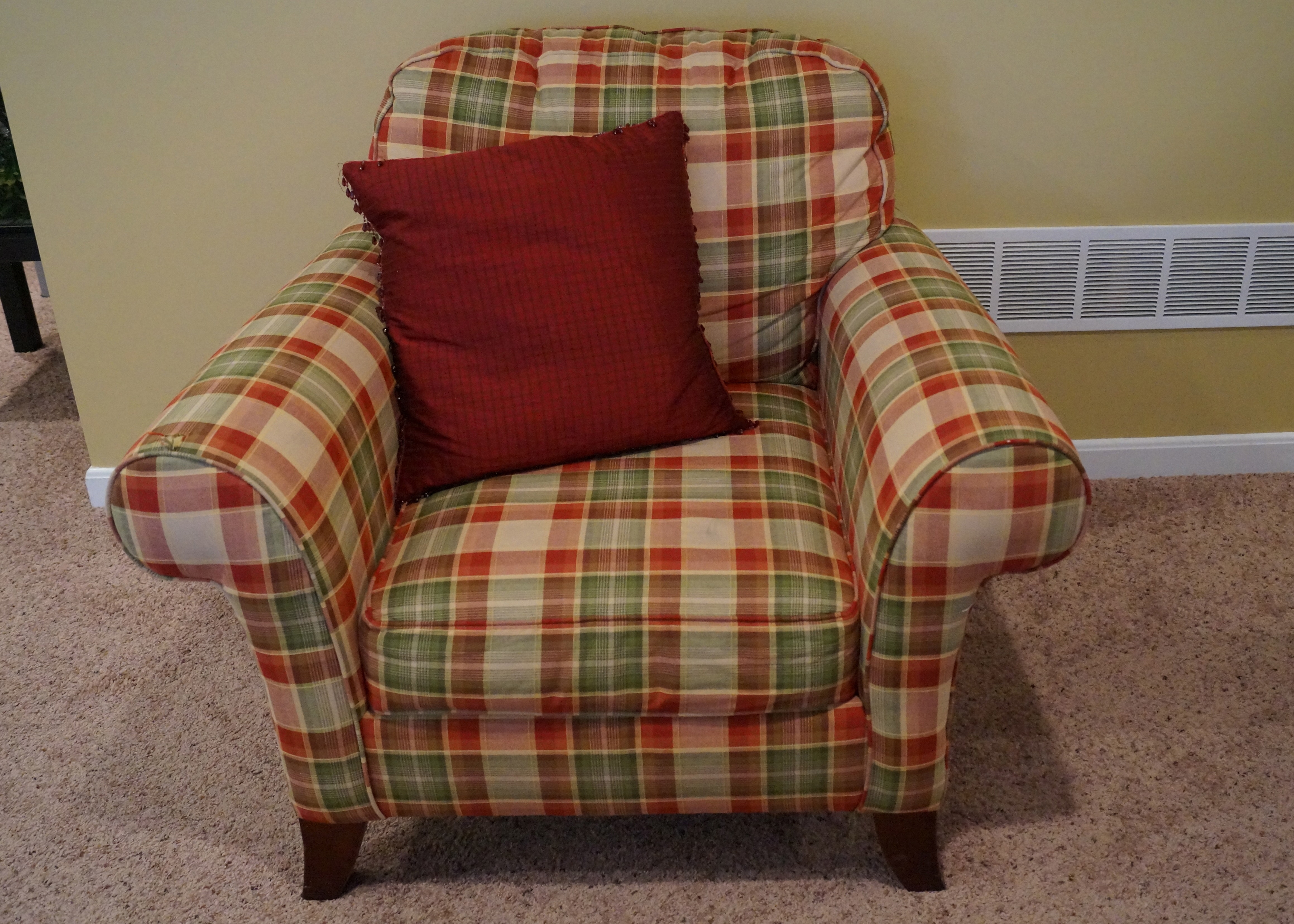 Gentil Broyhill Plaid Upholstered Chair ...