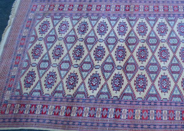 Emser international handmade wool rug ebth for International decor rugs