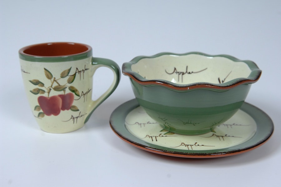 Home Interiors 39 Apple Orchard 39 Tea Set Ebth