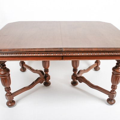Revell & Co. William and Mary Style Dining Table Circa 1920s - Online Furniture Auctions Vintage Furniture Auction Antique