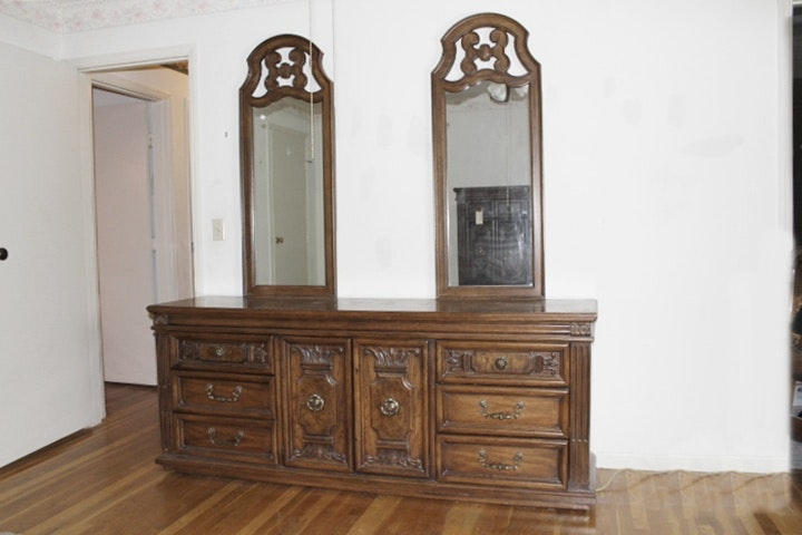 Vintage Thomasville Bedroom Set ...