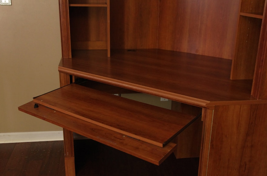 Transitional Style Corner Computer Desk With Removable