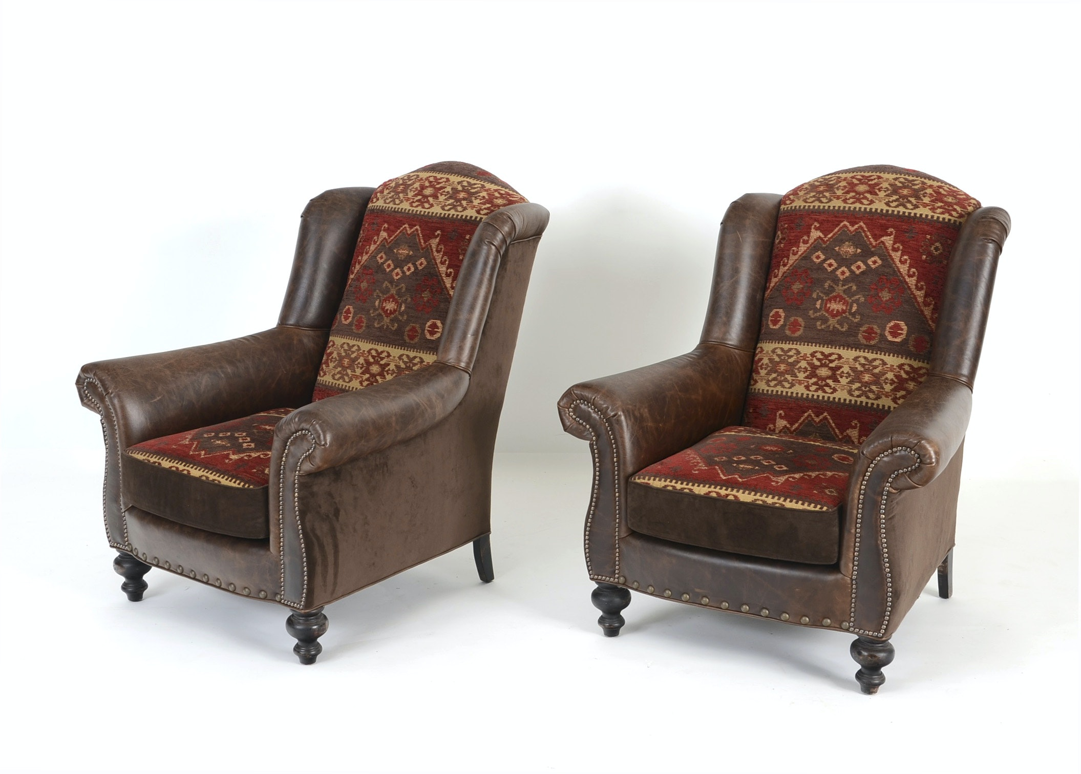 Pair of Old Hickory Tannery Southwestern Wingback Chairs ...  sc 1 st  EBTH.com & Pair of Old Hickory Tannery Southwestern Wingback Chairs : EBTH