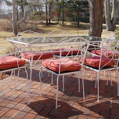 White Metal Patio Table and Chairs - Outdoor Furniture Outdoor Decor And Garden Tools Auction In Indian