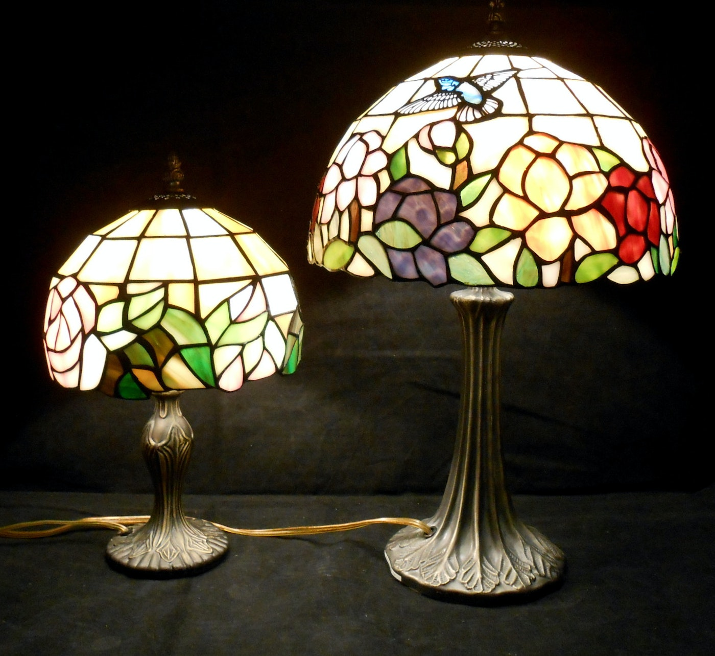Dale Tiffany Hummingbird Accent Lamp And Rose Lamp Ebth