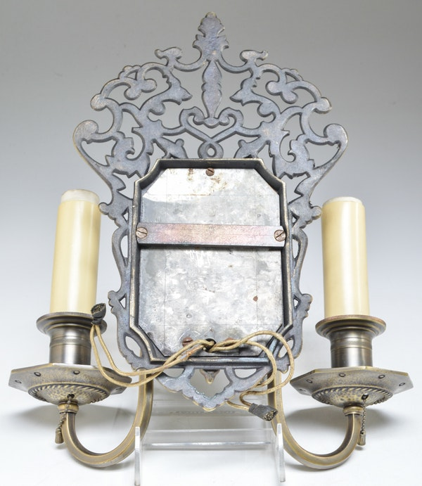 Pair Electric Wall Sconces : Pair of Vintage Electric Wall Sconces : EBTH