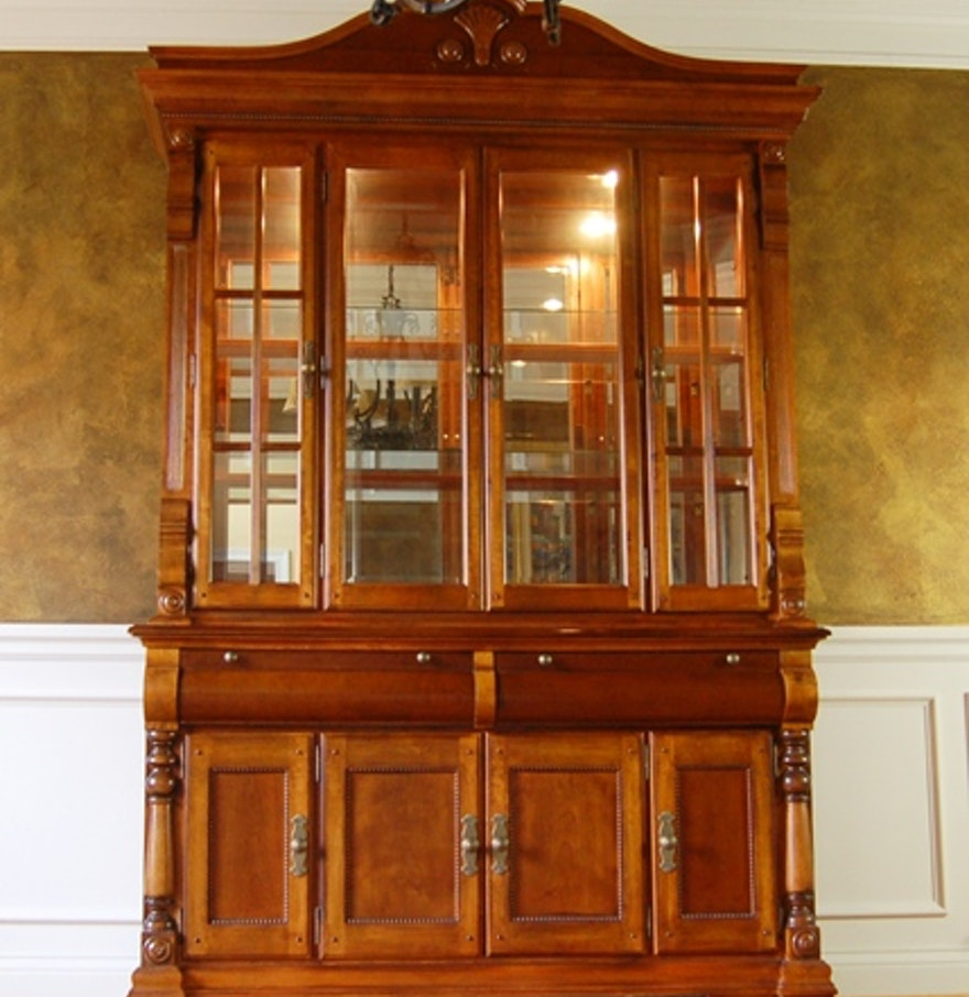 Levitz Bedroom Furniture Illuminated China Cabinet By Levitz Furniture Ebth
