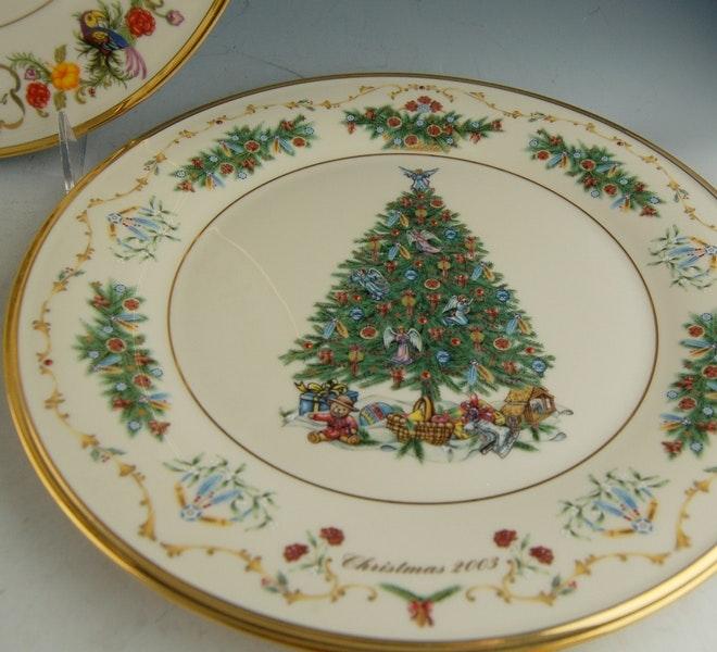 Lenox Christmas Trees Around The World Plates