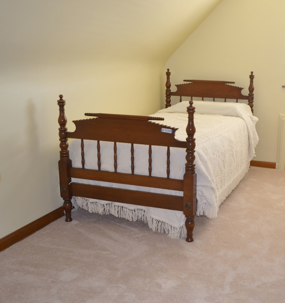 circa 1880s walnut jenny lind twin size spool bed w mattress - Jenny Lind Twin Bed