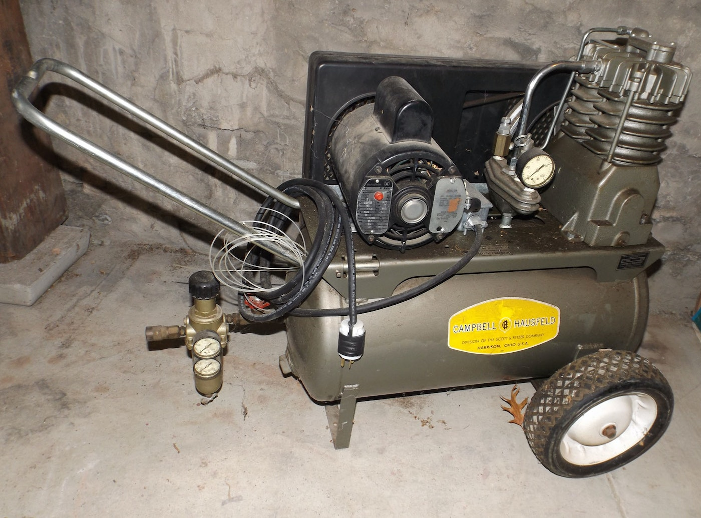 Older Campbell Hausfeld Air Compressor : Cambell hausfeld air compressor with westinghouse motor ebth
