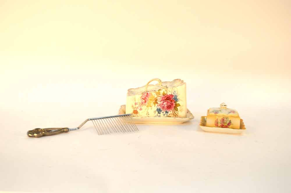 Ceramic Cheese and Butter Dish Cake Rake