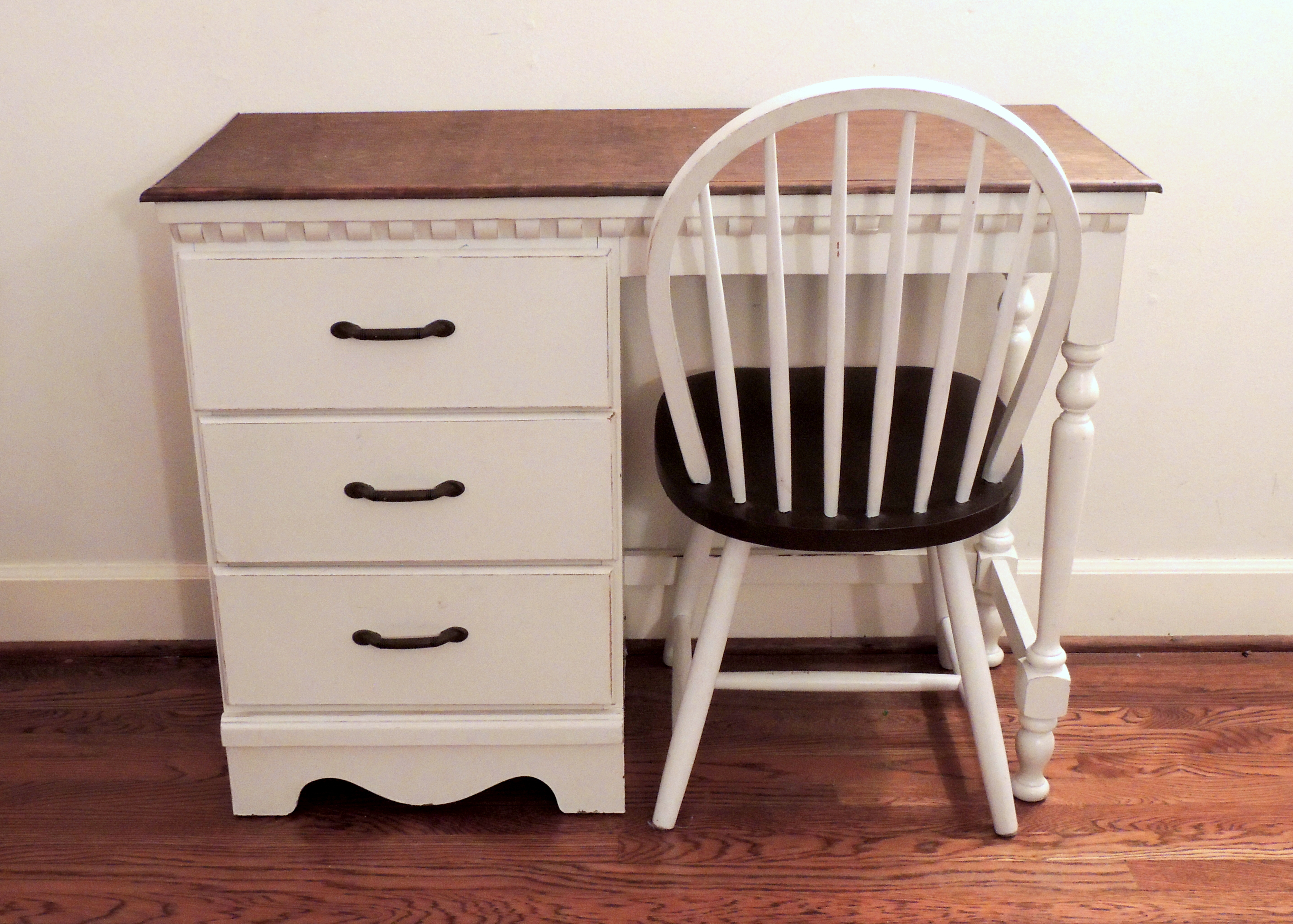 Solid Wood Shabby Chic Desk with Windsor Chair EBTH