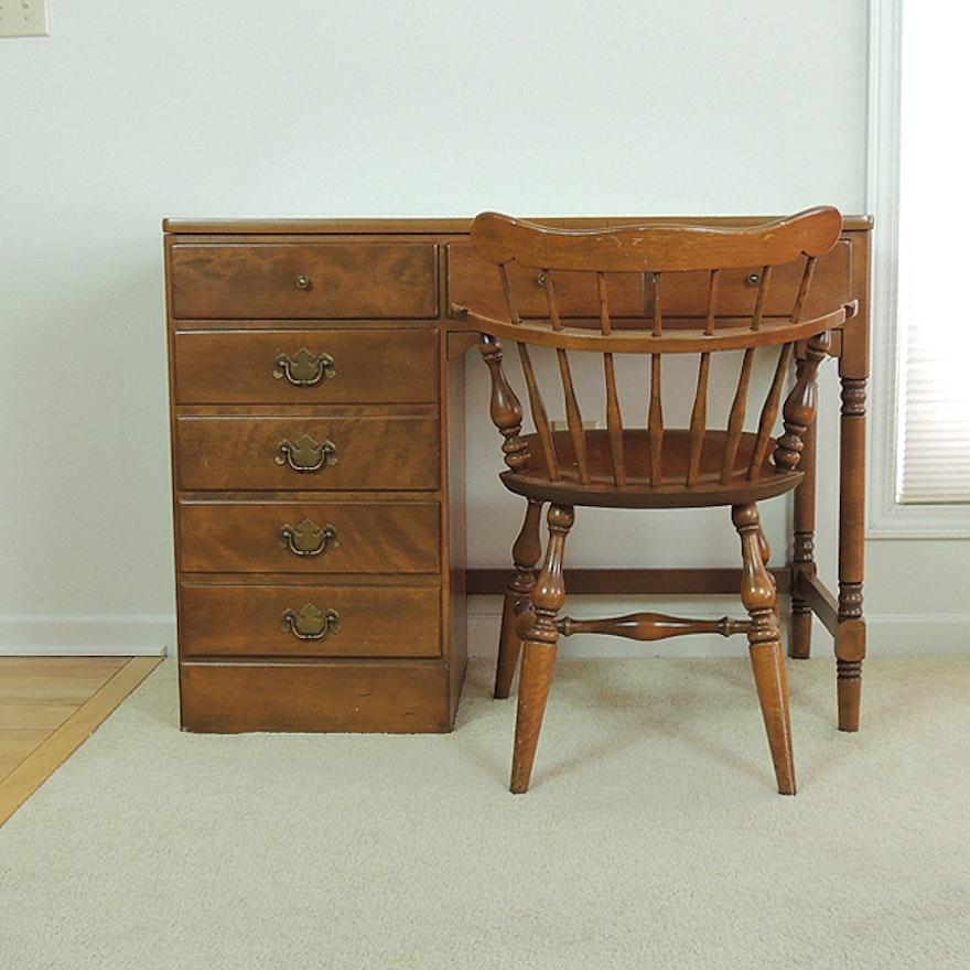 ethan allen student desk and chair ebth. Black Bedroom Furniture Sets. Home Design Ideas