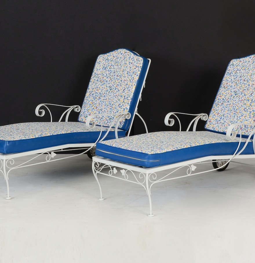 pair white wrought iron chaise lounge chairs ebth. Black Bedroom Furniture Sets. Home Design Ideas
