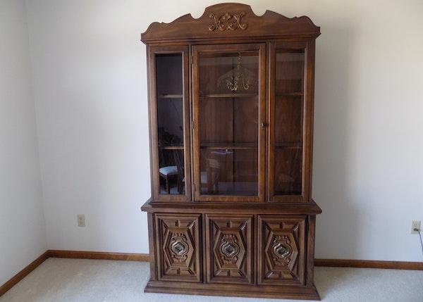 vintage mediterranean style china cabinet ebth