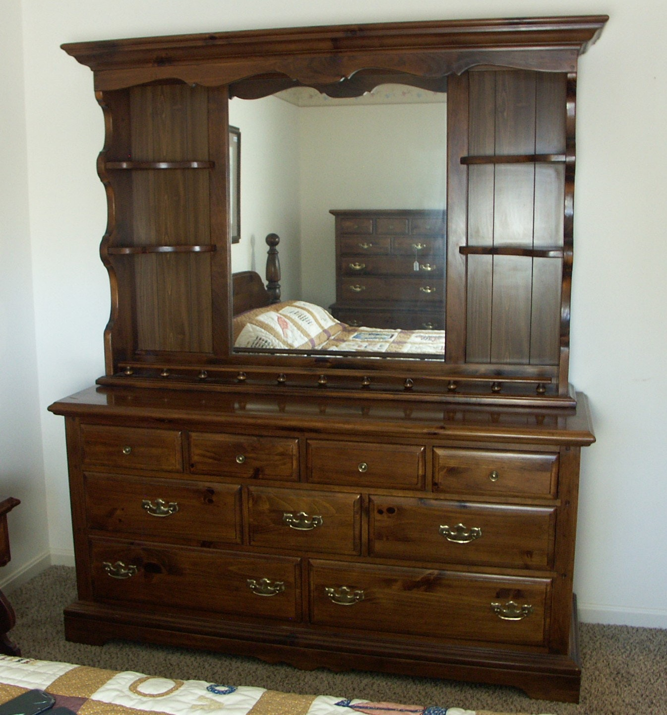 Exceptionnel Large Kling Colonial Knotty Pine Dresser With Mirror Hutch ...