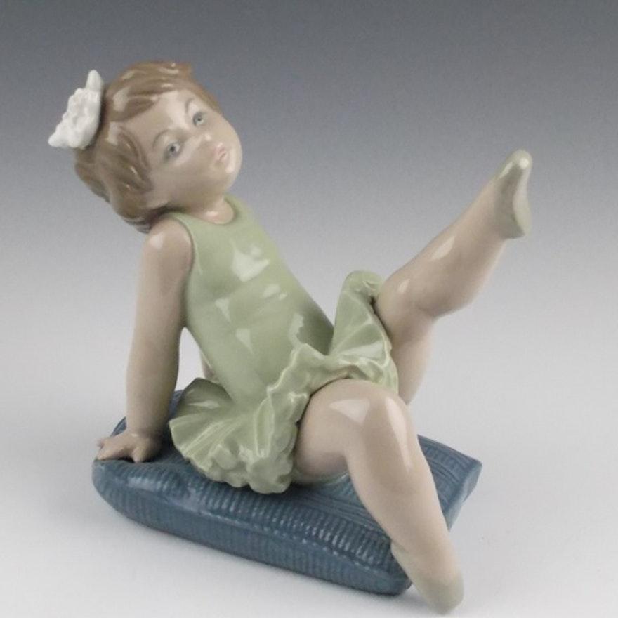 Lladro Little Ballerina Girl Figurine 5108