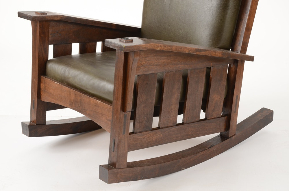Leather Upholstered Mission Style Rocker   EBTH