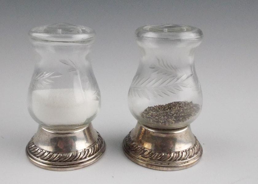 Gorham Quaker Hurricane Sterling Silver Salt And Pepper Shakers Ebth