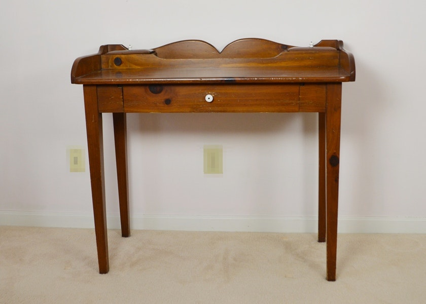 Early American Style William Fetner Pine Writing Desk ...
