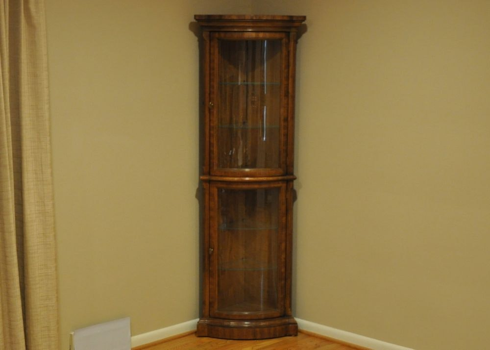 Bow Front Vitrine Corner Curio Cabinet ...