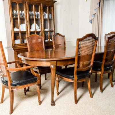 Oval Dining Table and Six Chairs - Online Furniture Auctions Vintage Furniture Auction Antique