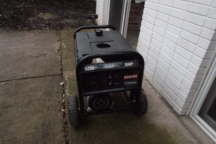 Black Max 5250 6560 Watt Subaru Portable Generator Ebth