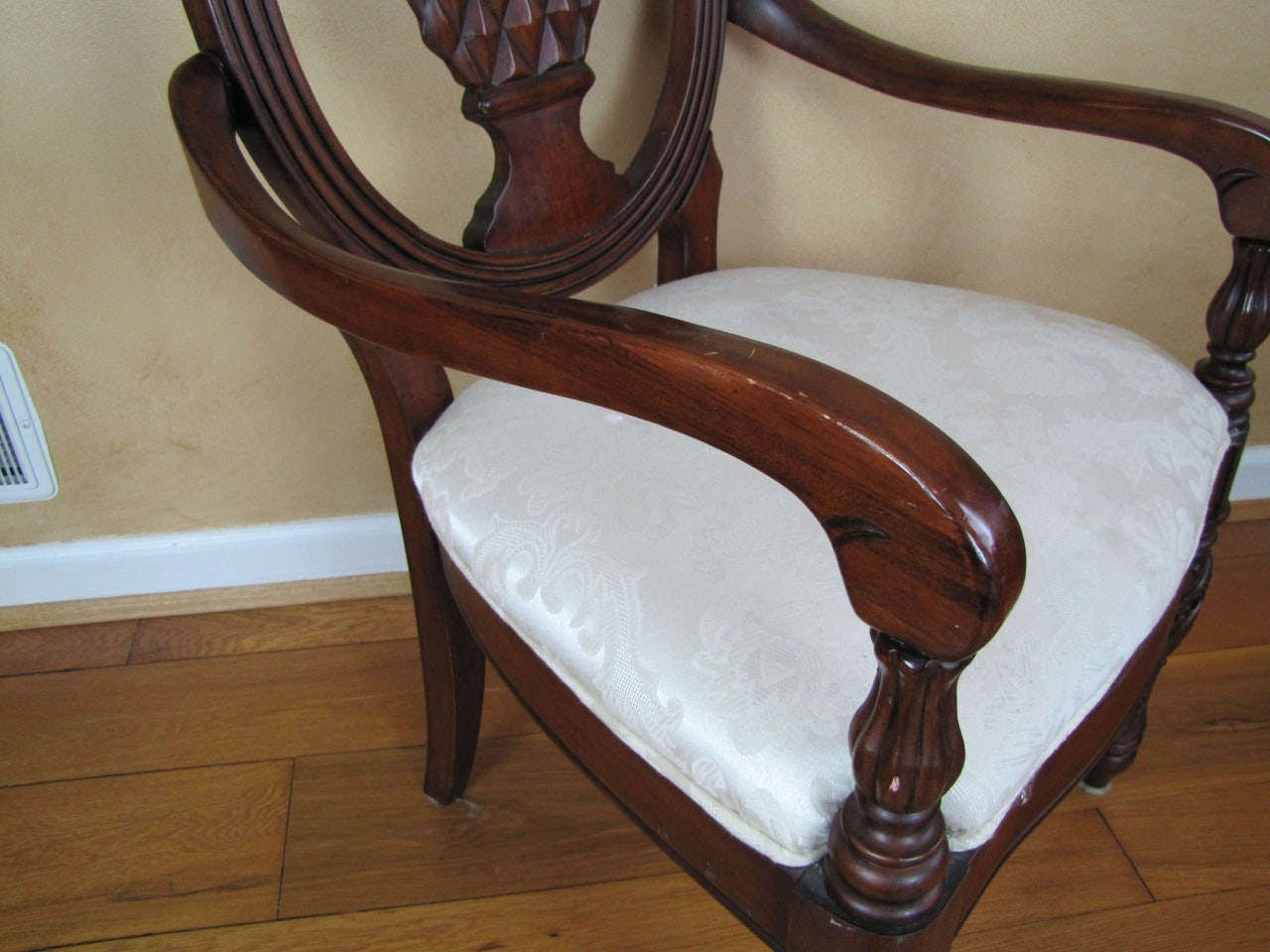 Set Of Four Pineapple Back Dining Chairs Ebth