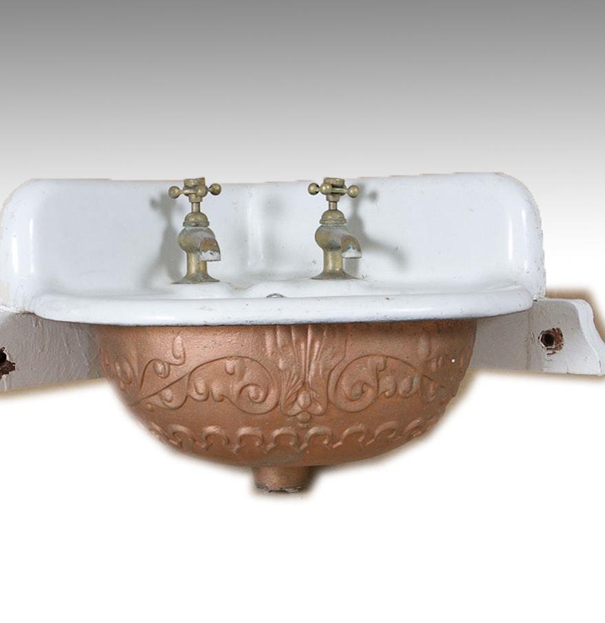 Vintage Corner Sink : Cast Iron Antique Corner Sink : EBTH