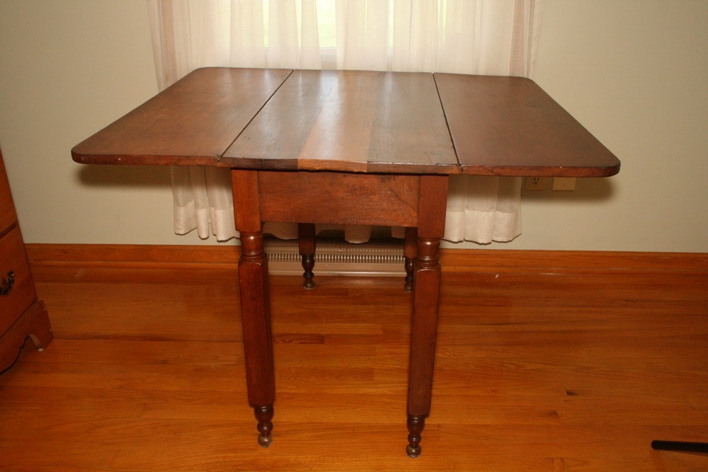 Antique Sheraton Style Drop Leaf Table Ebth