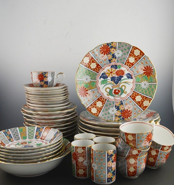 Imari Style Japanese Porcelain Dinnerware Set of Six ... & Imari Style Japanese Porcelain Dinnerware Set of Six : EBTH