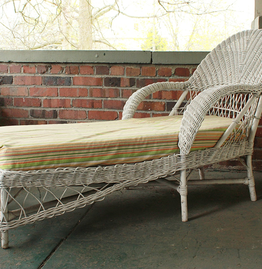 Antique white wicker chaise ebth for Antique wicker chaise